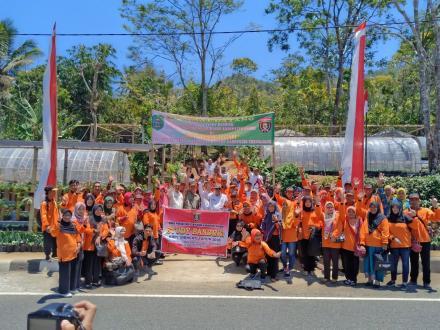 Kunjungan Peserta Study Banding Dinas Pangan dan Perikanan Kabupaten Ngawi di KRPL Desa Sumberbening